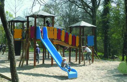 Aire de jeu pour enfant. Refuge de Grasla Vendée